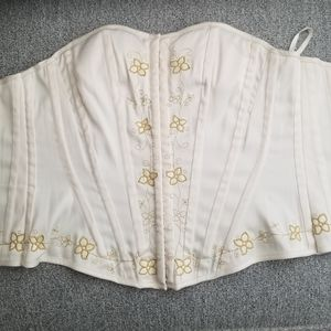 Vintage cream corset with flower embroidering